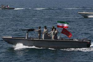 Mỹ 'đòi' Iran thả tàu nước ngoài bị bắt, 'hứa' sẽ bảo vệ vùng Vịnh
