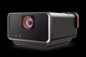 ViewSonic giới thiệu máy chiếu di động thông minh X10-4K tại Việt Nam
