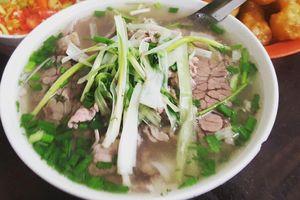 Phở Việt và 4 món ăn đường phố châu Á vừa ngon vừa rẻ