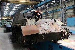 Nga gây bất ngờ khôi phục ISU-152 và IS-2