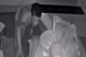 Rùng mình cảnh tên trộm mặc quần lót, đột nhập vào nhà dân để trộm tài sản