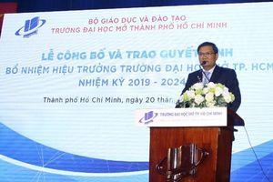 PGS.TS Nguyễn Minh Hà làm Hiệu trường ĐH Mở TPHCM