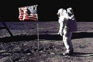 Những cổ vật về tàu Apollo 11 lần đầu tiên được hé lộ