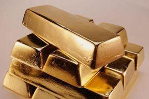 Phát hiện 5 thỏi vàng nặng 5kg trong chiếc xe tăng cổ