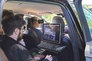 Xe hơi đang trở thành một ngôi nhà ảo