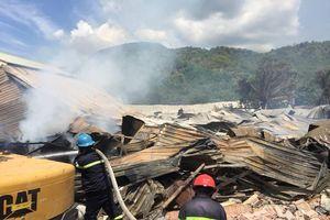 Xưởng chế biến gỗ 2.000 m2 bị thiêu rụi, thiệt hại hàng chục tỷ đồng