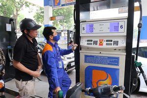Sự kiện kinh tế tuần: Giá xăng tăng mạnh lần thứ 2 liên tiếp