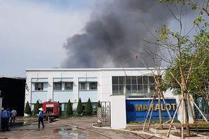 Cháy lớn tại công ty may ở Hải Dương