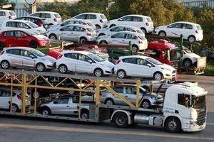 Ô tô từ 9 chỗ ngồi trở xuống nhập về Việt Nam giảm gần 40%