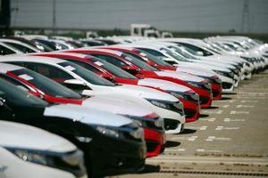 Nhập khẩu ô tô tăng gấp 4 lần, thu ngân sách từ ô tô nguyên chiếc đạt 21.500 tỷ đồng