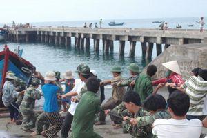 Nghĩa tình quân dân xã đảo Nhơn Châu