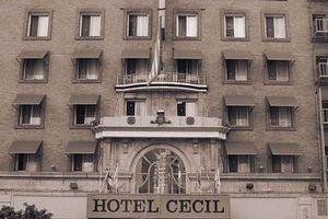 Lịch sử đẫm máu về khách sạn ma ám nổi tiếng nhất Los Angeles, Mỹ