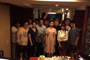 Dương Mịch phủ nhận việc xa gia đình, nhắc đến sở thích và tôn trọng quyết định của con gái