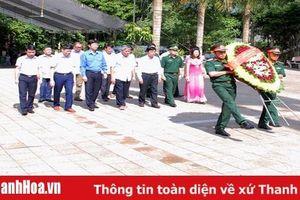 Đoàn đại biểu tỉnh Thanh Hóa viếng các Anh hùng liệt sỹ hy sinh tại mặt trận Vị Xuyên, tỉnh Hà Giang