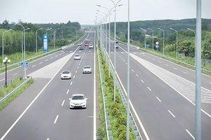 60 nhà thầu tham gia nộp hồ sơ đấu thầu cao tốc Bắc - Nam dài 654km