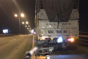 Nam thanh niên tử vong sau cú tông vào đuôi xe tải trên cầu Cần Thơ