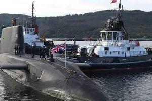 Anh điều tàu ngầm ép Iran
