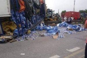 Hải Dương: Tai nạn thảm khốc trên Quốc lộ 5, ít nhất 6 người chết
