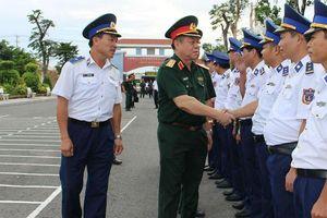 Thượng tướng Nguyễn Trọng Nghĩa kiểm tra xây dựng môi trường văn hóa tại Vùng Cảnh sát biển 4