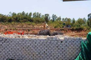 Bức tường 'khủng' tại Đồi Xanh chính thức bị 'khai tử'