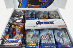 Nhà sản xuất đồ chơi 'Avengers: Endgame' tháo chạy khỏi Trung Quốc