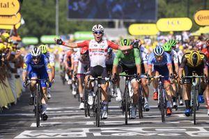 Tour de France: Ewan lần thứ 2 thắng chặng, Alaphilippe vẫn giữ cách biệt
