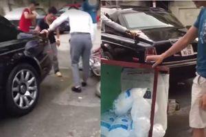Clip shipper tông đuôi siêu xe Rolls-Royce biển ngoại giao ở Hà Nội