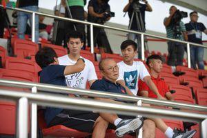 Đình Trọng, Văn Đức dự khán ở đại chiến U22 Việt Nam vs Viettel