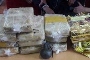 Vận chuyển ma túy số lượng lớn, 2 đối tượng chống trả bằng lựu đạn