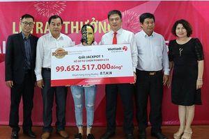 Tấm vé số Jackpot gần 100 tỷ thuộc về gia đình 16 người ở Bến Tre