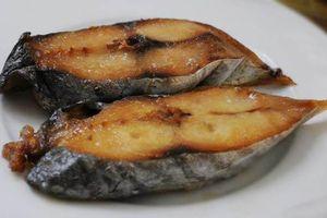 Ăn cá ba lần một tuần sẽ giảm nguy cơ ung thư ruột