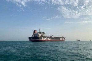 Iran cho Ấn Độ tiếp cận 18 thủy thủ trên tàu dầu Anh bị bắt