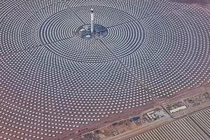 Nhà máy điện mặt trời lớn nhất thế giới ở Morocco