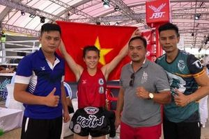 Nữ võ sĩ Hữu Hiếu giành ngôi vô địch Muay thế giới 2019 trên đất Thái
