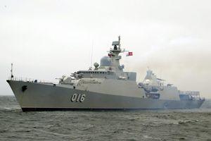 Tàu hộ vệ tên lửa 016-Quang Trung xuất hiện trong lễ duyệt binh Nga