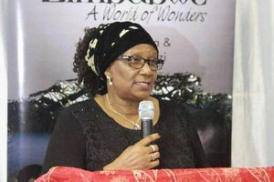 Bộ trưởng Du lịch Zimbabwe bị buộc tội tham nhũng Quỹ Hưu trí