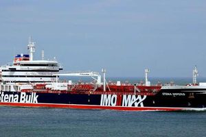 Vụ bắt tàu chở dầu hé lộ thế giới 'tăm tối' của vận tải biển quốc tế