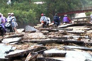 Vùng núi Bắc bộ có mưa lớn, nguy cơ xảy ra lũ quét, sạt lở đất