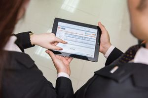 Cách mạng 4.0: Bảo vệ quyền lợi khách hàng là nghĩa vụ của ngân hàng