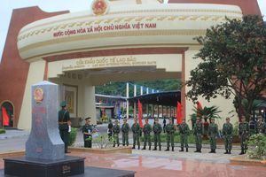 Thắm tình hữu nghị Việt-Lào 'Chung dòng Sê Pôn'