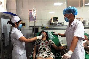 Xách can xăng vào nhà bạn gái phóng hỏa khiến 5 người nhập viện
