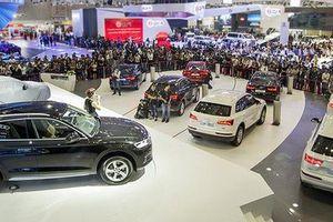 Thị trường ô tô giảm giá nhằm kích cầu tháng cô hồn
