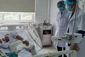 Sáu bệnh nhân bị phản ứng khi chạy thận