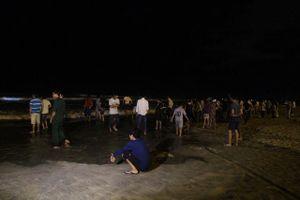 Tìm thấy một thi thể học sinh mất tích trôi dạt vào vùng biển Quảng Nam