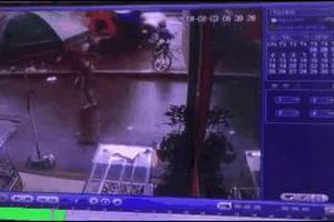 Nhân chứng vụ tai nạn 4 người chết: Tôi thấy xe lao như điên vào những người mua bán hàng