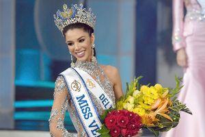 Nữ sinh 19 tuổi đăng quang Hoa hậu Venezuela