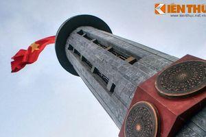 Lặng ngắm cột cờ tổ quốc ở địa thế hiểm trở nhất Việt Nam