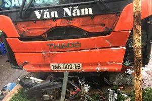 Xe khách lao vào đám đông trước chợ Chư Sê ở Gia Lai, 5 người thương vong