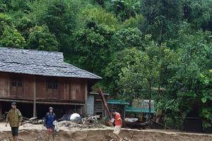 Thanh Hóa: Mưa lũ gây thiệt hại nặng ở các huyện miền núi, 14 người mất tích