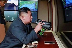 Chủ tịch Kim đích thân thị sát vụ thử hệ thống phóng nhiều rocket năng lực cao mới